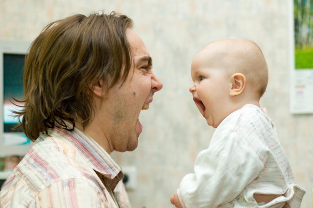 Куда исчезают из жизни будущих мам отцы их детей