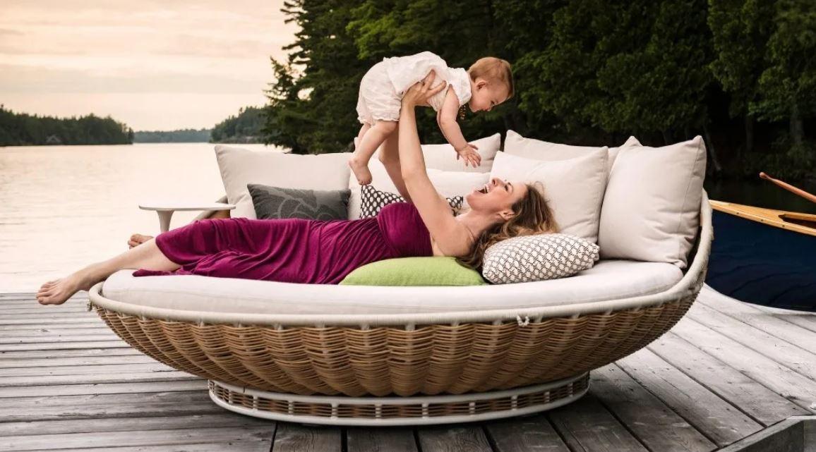 Какую мебель выбрать для отдыха в саду